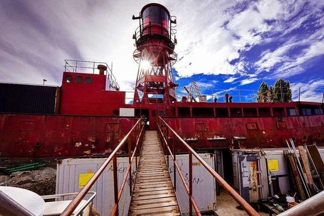 Leuchtturmschiff in Basel wird Bühne, Radiostation und Restaurant