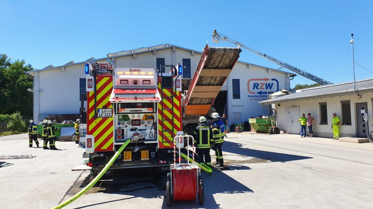 Einsatz für die Feuerwehr in Steinen.  | Foto: Maja Tolsdorf