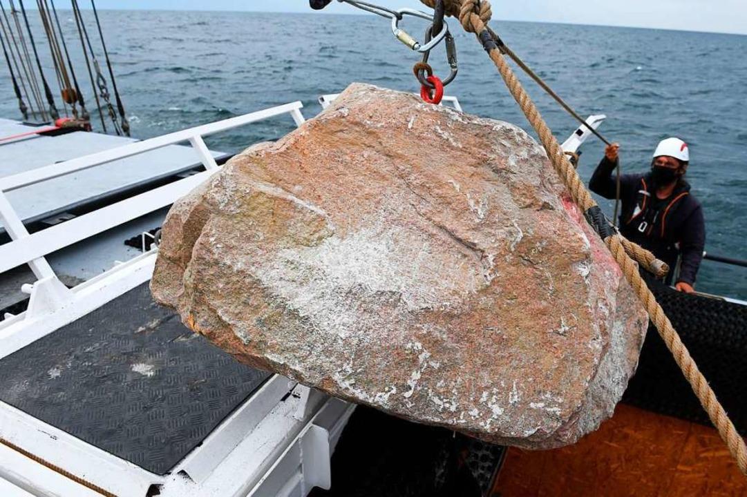 Granitblöcke wurden im Meeresschutzgebiet Adlergrund versenkt.  | Foto: Stefan Sauer (dpa)