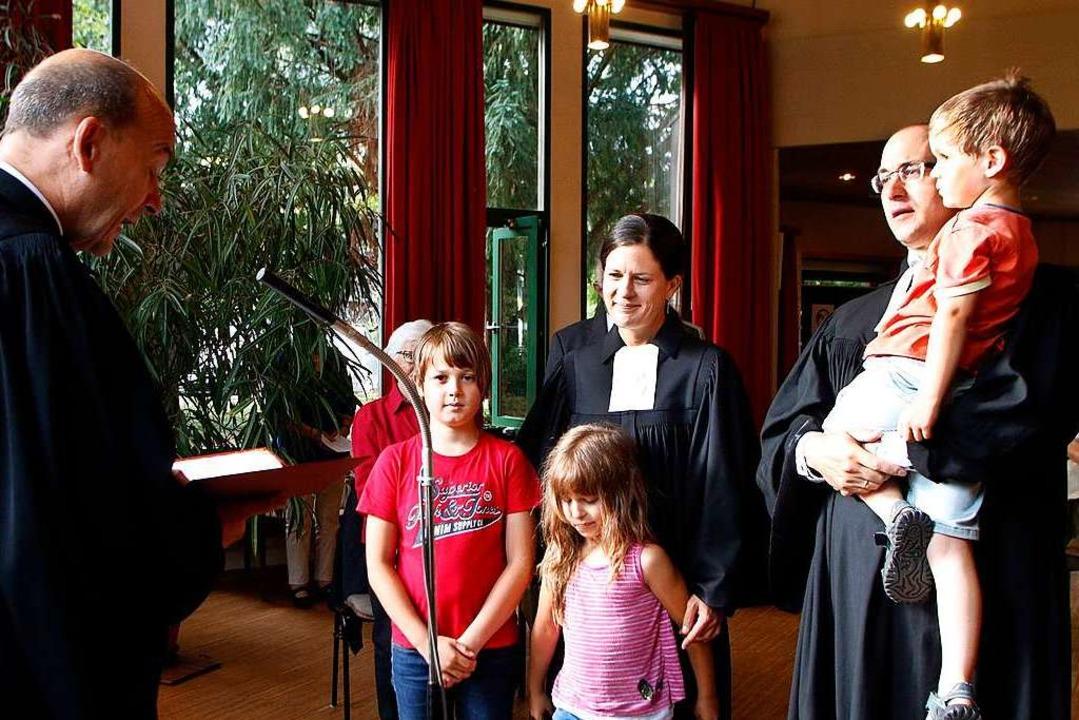 Das Pfarrerehepaar Miriam und Jochen Waldmann  | Foto: Heidi Fößel