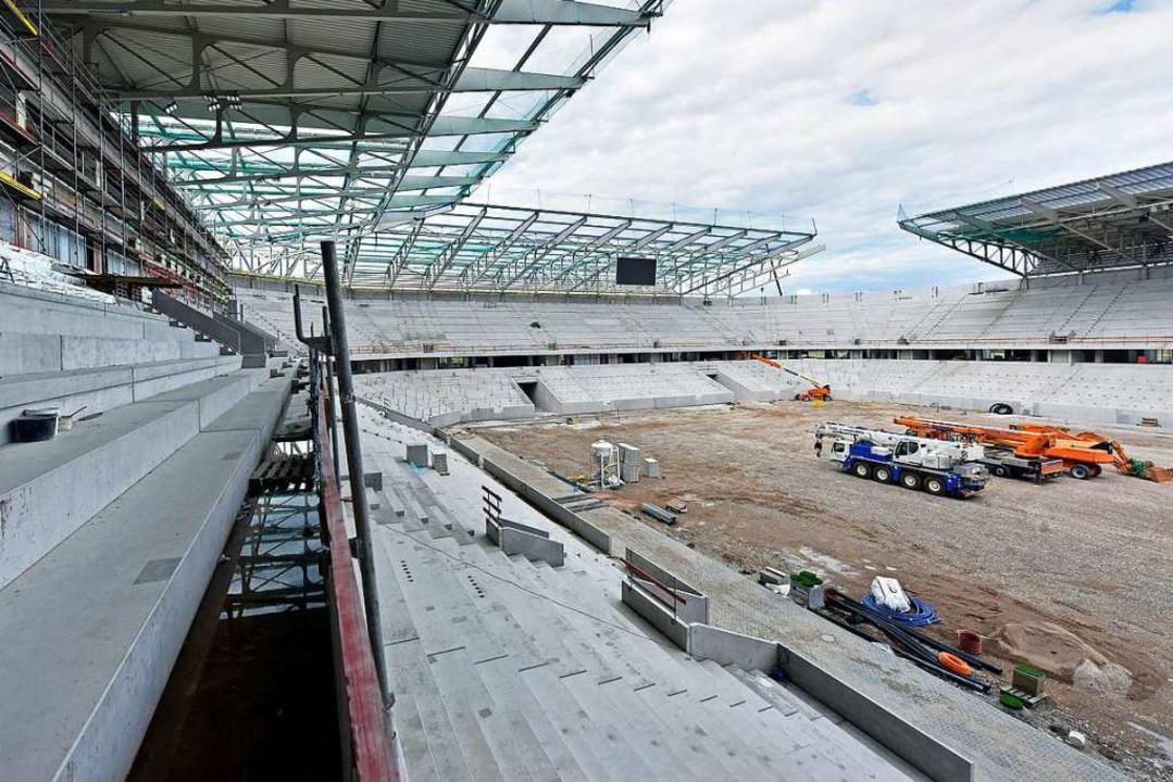 Neues Stadion, neue Regeln. Eine Hauso...heit für den Heimspielbesuch schaffen.  | Foto: Michael Bamberger
