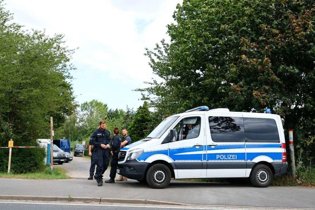 Im Fall der verschwundenen Maddie McCa...ngarten-Parzelle in Hannover begonnen.  | Foto: Peter Steffen (dpa)