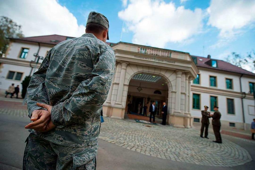 Die Patch Barracks in Stuttgart.  | Foto: Marijan Murat