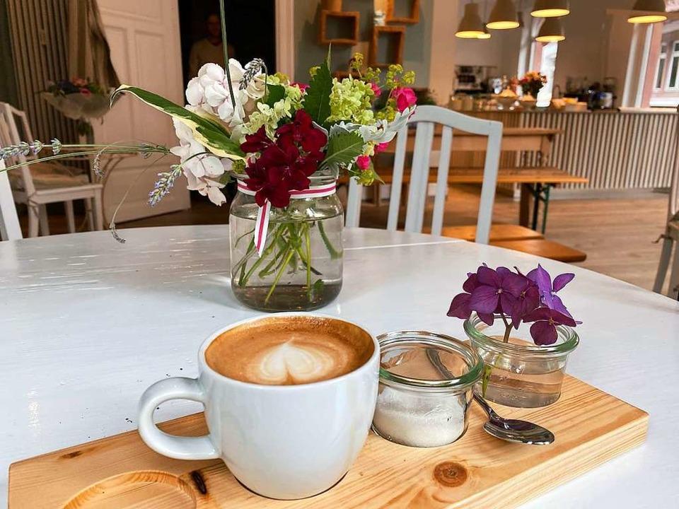 Im  neuen Café Förster Max in der Wiehre  | Foto: Anika Maldacker