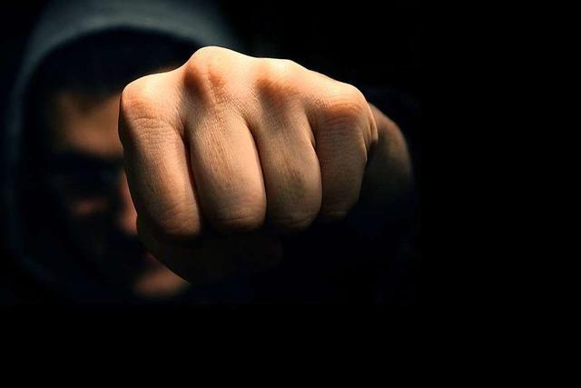 Polizei sucht Zeugen nach gefährlicher Körperverletzung in Kirchzarten