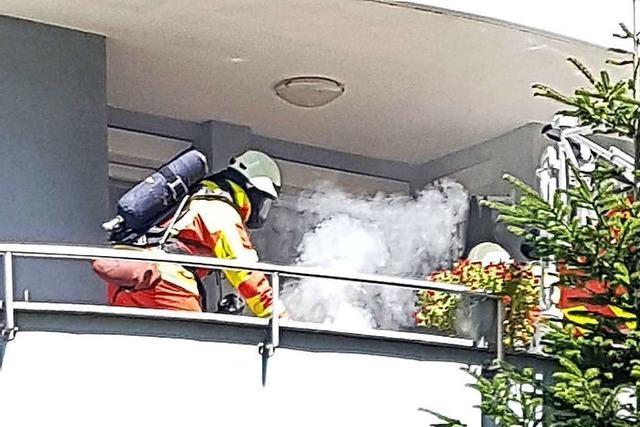 Ein brennendes Handtuch ruft die Feuerwehr in Bad Säckingen auf den Plan