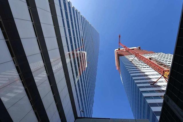 Der Rohbau des zweiten Roche-Turms soll am Jahresende stehen