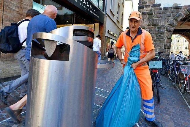 Mehr Mülleimer oder höhere Bußgelder: Gemeinderat debattierte über Freiburgs Abfallproblem