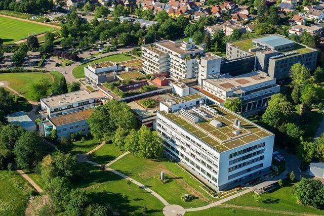 Verträge unterzeichnet: Universitäts-Herzzentrum wird Teil der Uniklinik