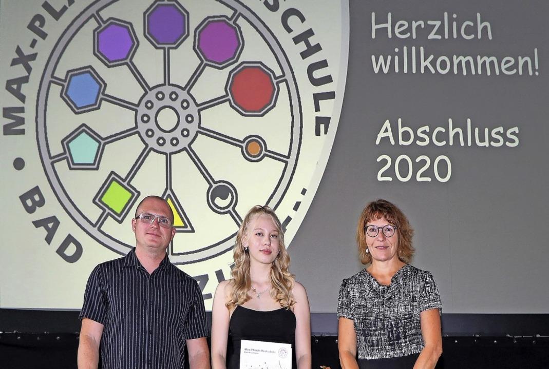 Stolz auf die Absolventen: Konrektor J...audia Tkachenko, Rektorin Sabine Stein  | Foto: Beate Lücke