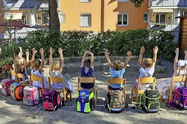 Schulranzen für 70 Kinder