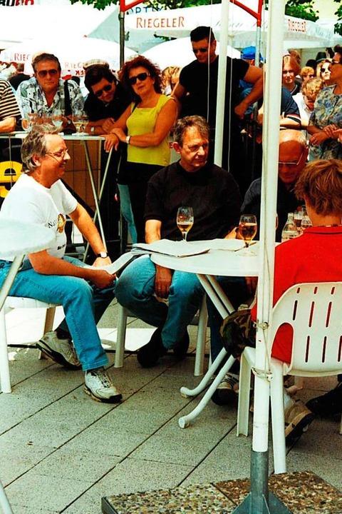 Wilfried Markus mit den Ehrengästen,  ...ns Lutz und Radsportlegende Rudi Altig  | Foto: Wilfried Markus