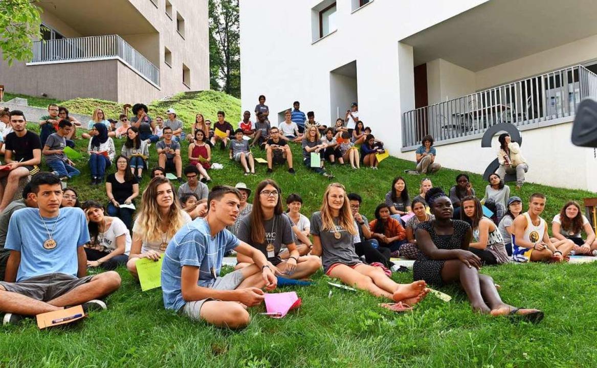Am United World College lernen Schüler...gen, erweist sich jetzt als schwierig.  | Foto: Rita Eggstein