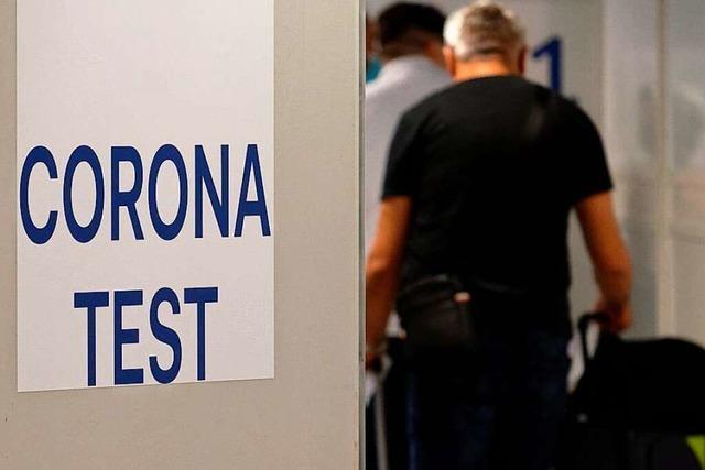 Fluggäste aus Risikoländern werden am Euroairport getestet