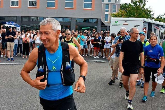 Der Rheinfelder Roland Gröflin will einmal um die ganze Schweiz laufen