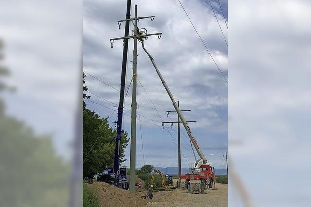 Strommast wird ersetzt