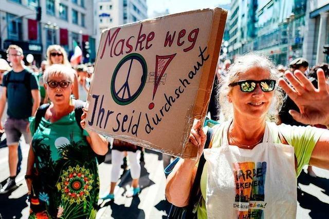 Corona-Proteste lösen Debatte über Demonstrationsrecht aus