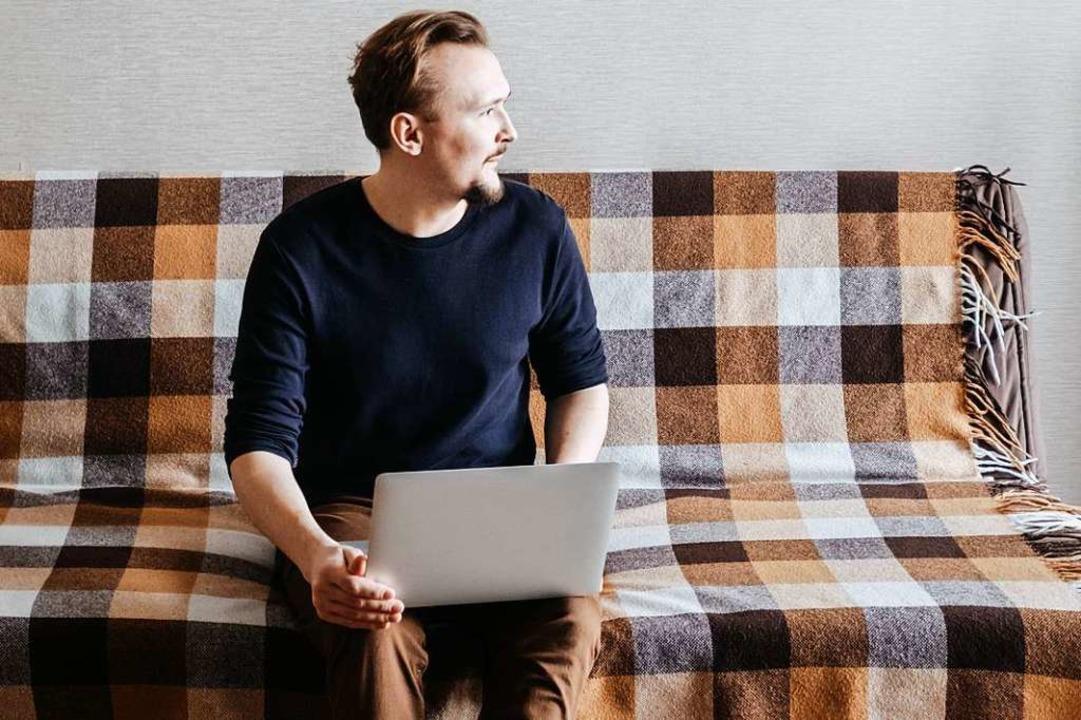 Dank der Digitalisierung lässt sich vi...im  Job heute auch zu Hause erledigen.  | Foto: Margarita Timofeeva  (stock.adobe.com)