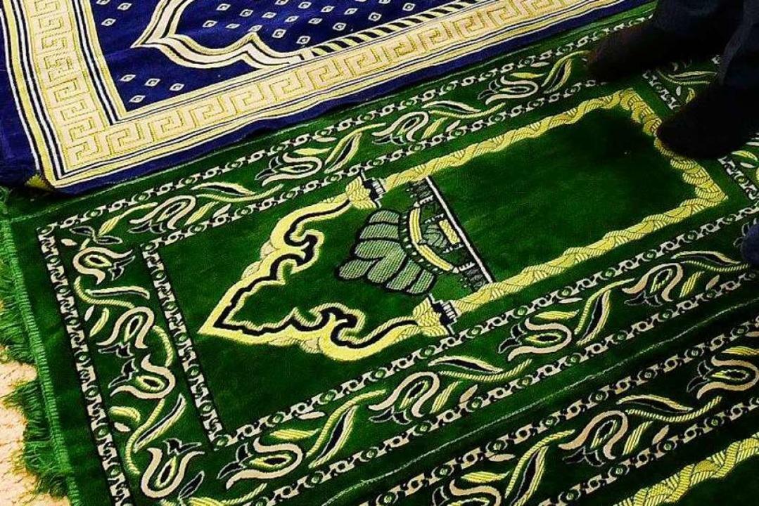 Wer in diesem Jahr beim islamischen Op...nen eigenen Gebetsteppich mitbringen.   | Foto: Thomas Kunz