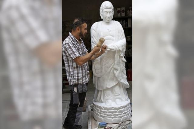 Ein weißer Buddha aus dem Kaiserstuhl