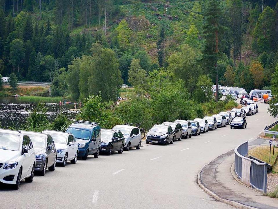 So wurde am Samstag  beim Windgfällwei...r herrschte dichtes Fahrzeuggedränge.     Foto: Eva Korinth