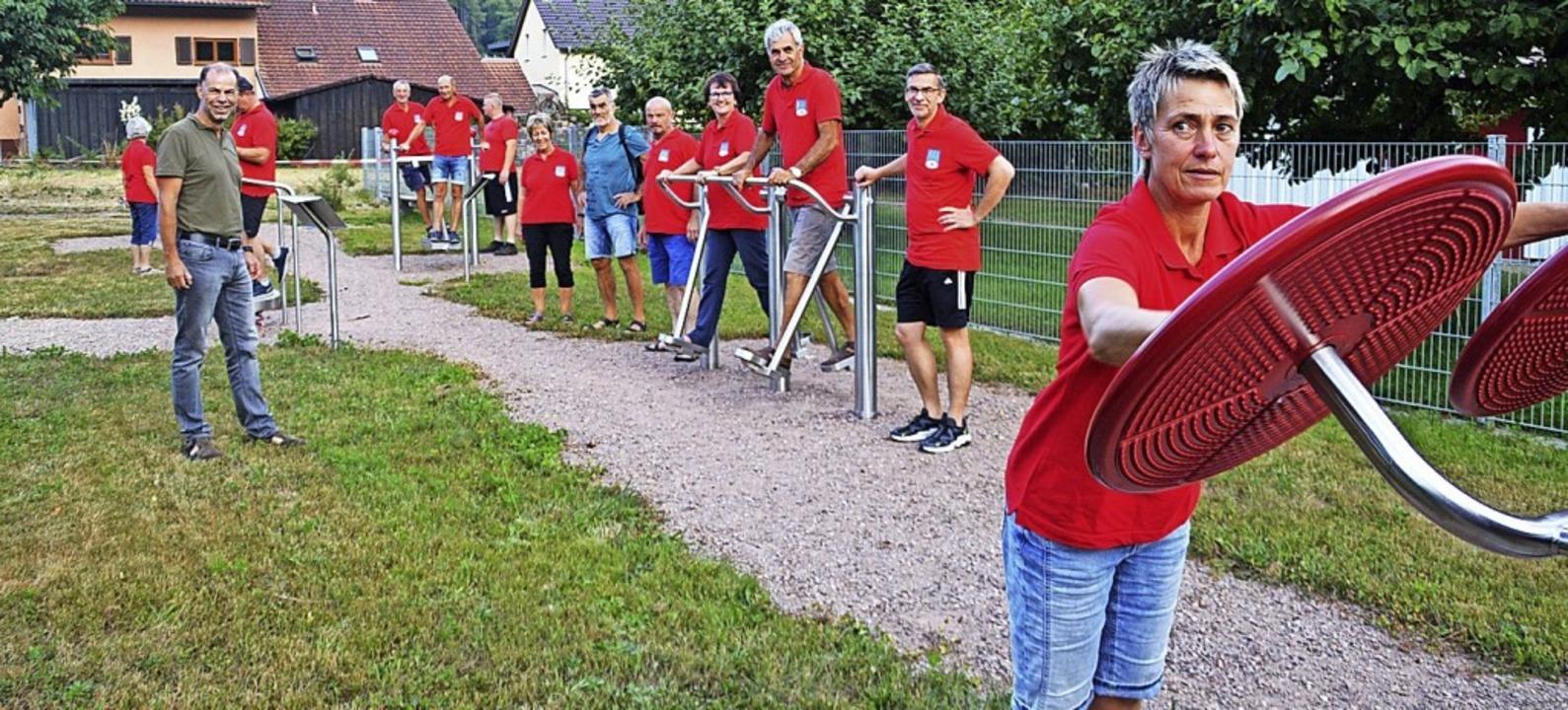 <BZ-FotoAnlauf>TV Wiechs:</BZ-FotoAnla...ndungstour im Fitnesspark in Langenau   | Foto: Edgar Steinfelder