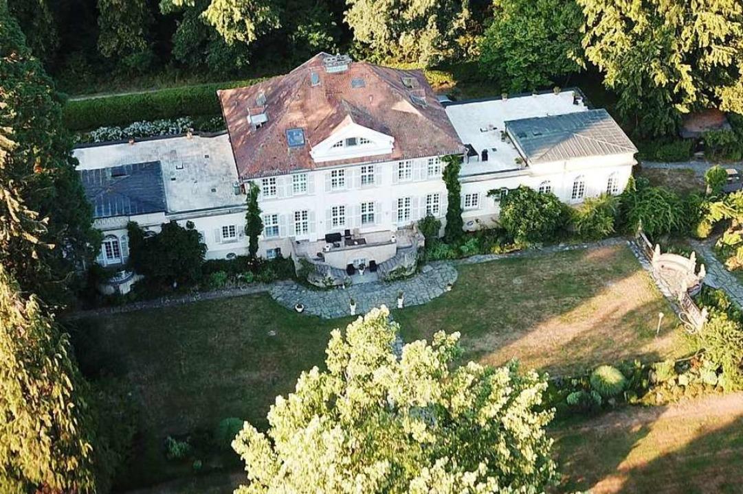 Die Villa Mez am Wildbachweg außerhalb...r erlebnispädagogische Angebote macht.  | Foto: Michael Saurer