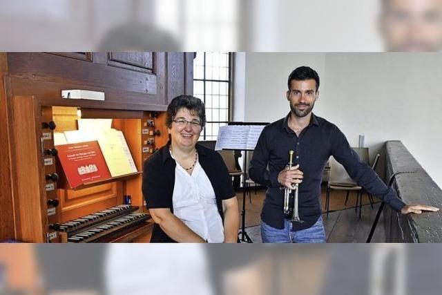 Orgelmusik und Trompete mit Abstand