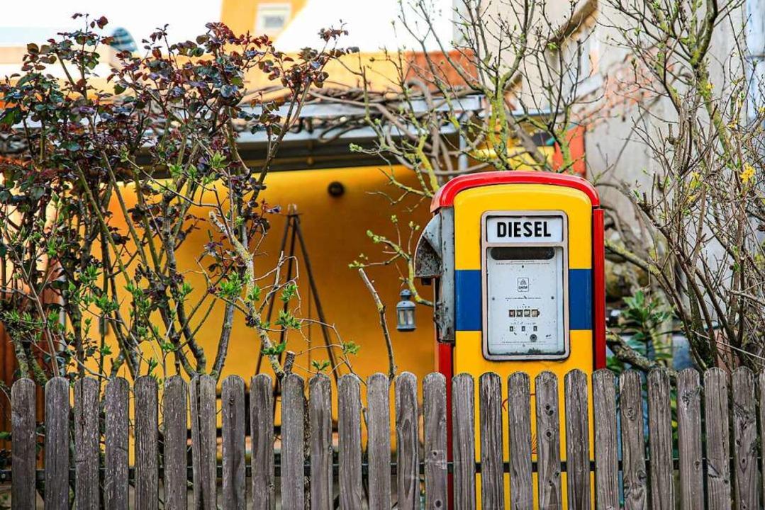Tankstelle im Garten  | Foto: Hubert Gemmert