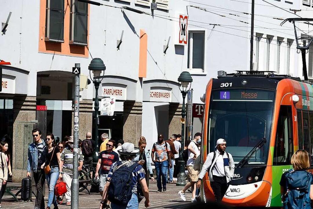 In der Freiburger Innenstadt ist wiede... früher zu (Archivbild aus dem April).  | Foto: Thomas Kunz