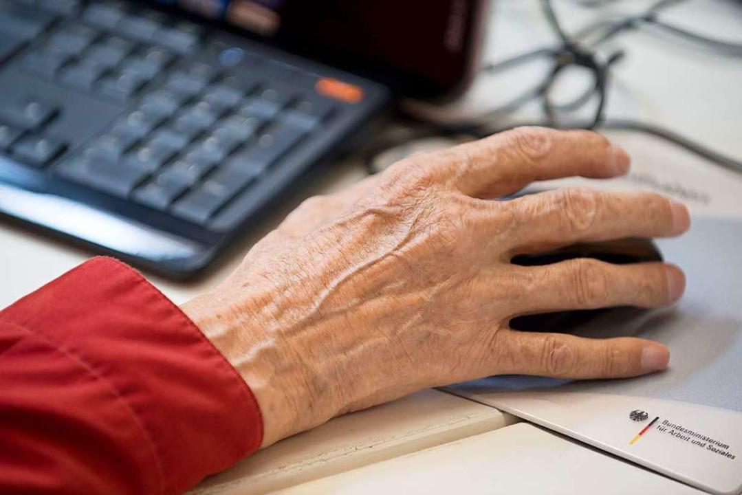 Nicht erst im Seniorenalter wissen, wi...l die digitale Rentenübersicht sorgen.    Foto: Tim Brakemeier