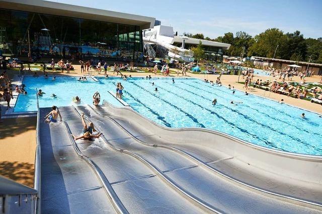 Corona-Fall im Offenburger Freizeitbad an einem Tag mit 1300 Badegästen