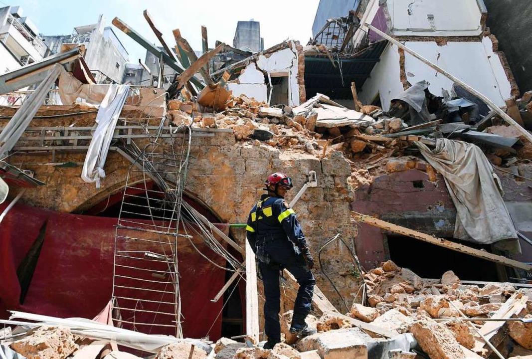 Eine verheerende Explosion mitten in B.... Die halbe Stadt ist ein Trümmerfeld.  | Foto: - (AFP)