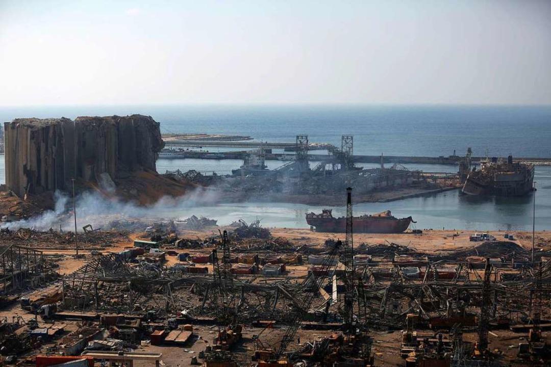 Eine verheerende Explosion mitten in B.... Die halbe Stadt ist ein Trümmerfeld.  | Foto: PATRICK BAZ (AFP)