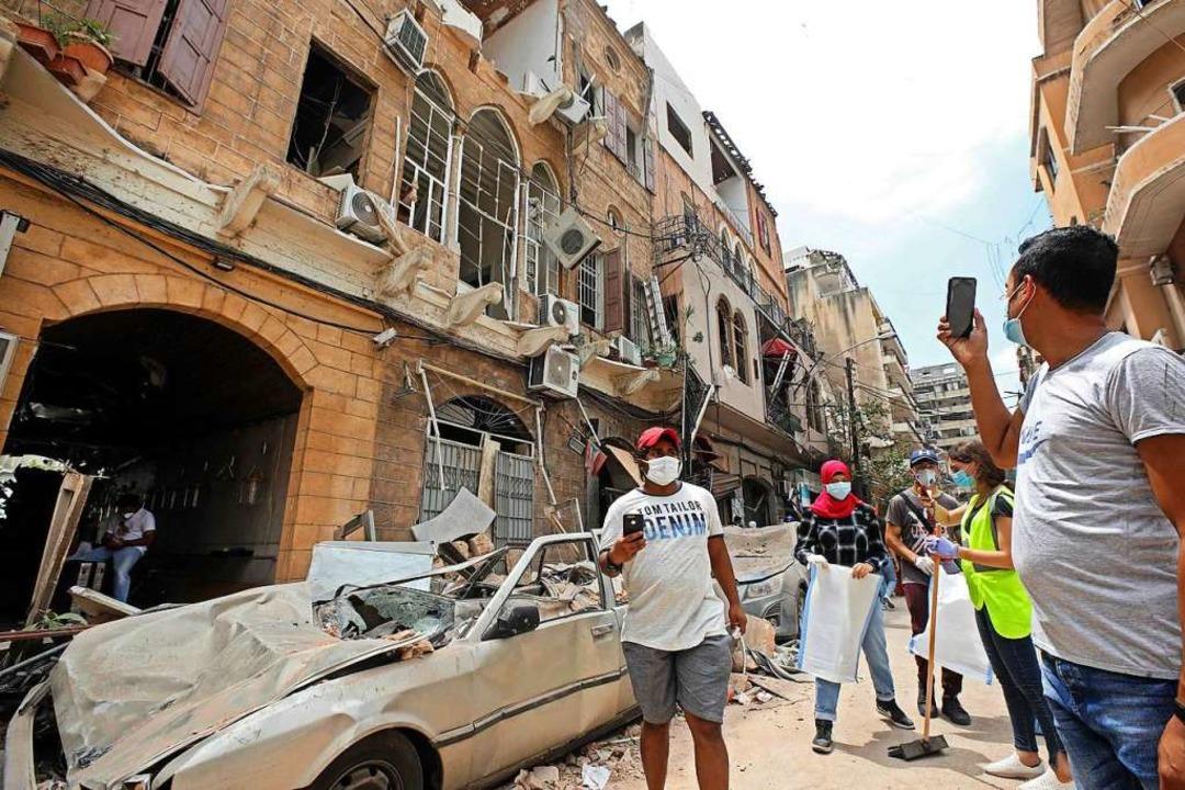 Eine verheerende Explosion mitten in B.... Die halbe Stadt ist ein Trümmerfeld.  | Foto: ANWAR AMRO (AFP)