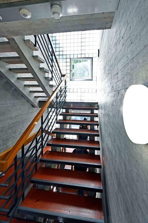 Licht und Linien im Treppenhaus    Foto: Michael Bamberger