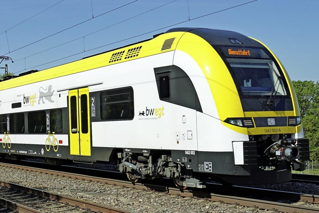 Ende April fährt zum Test der neue Des...igem Mittelwagen auf der Rheintalbahn.  | Foto: Heinz Göttlich