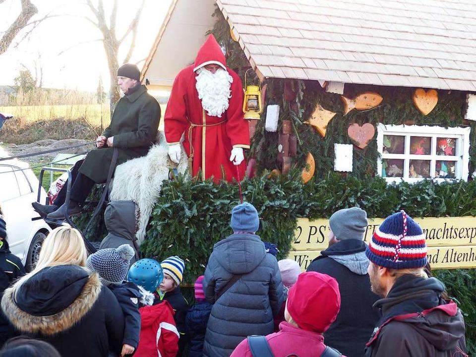 Einen Besuch vom Nikolaus wie im Jahr ...er fällt wegen der Corona-Pandmie aus.  | Foto: Claudia Bachmann-Goronzy