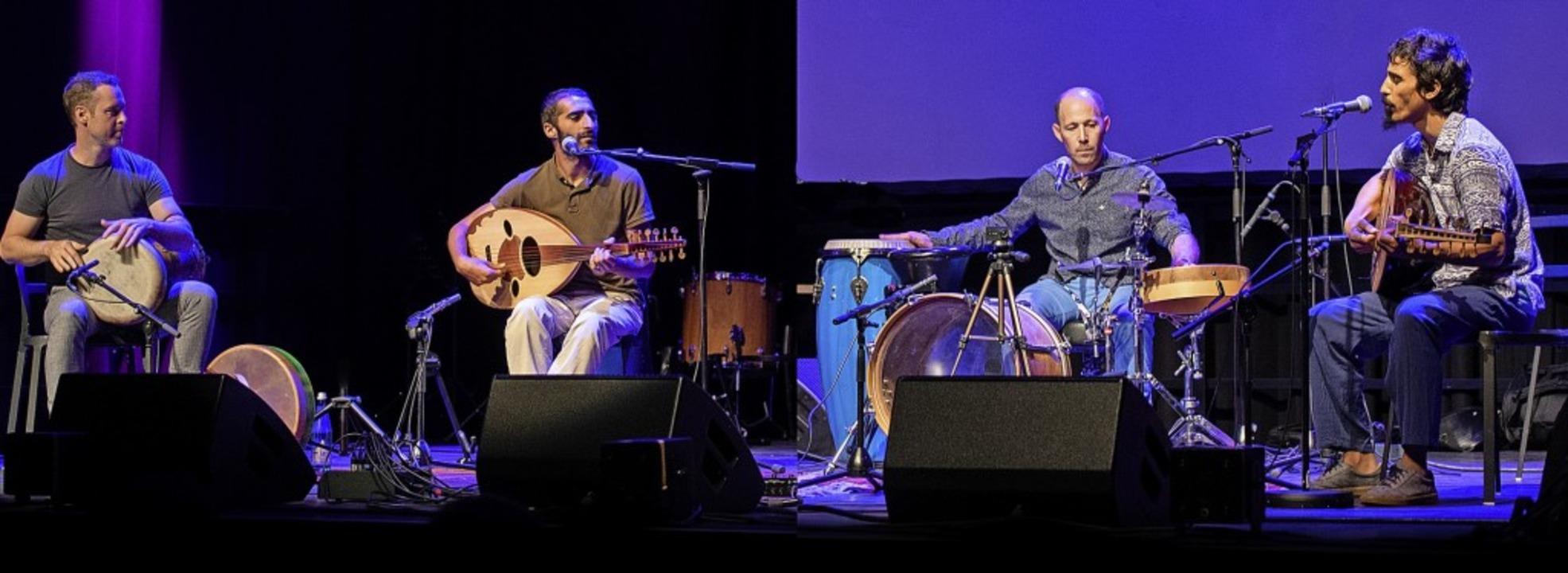 Philipp Kurzke, Issam Azzi, Salim Belt...d Abdelabi (von links) auf der Bühne    | Foto: Ellen Schmauss    Photography