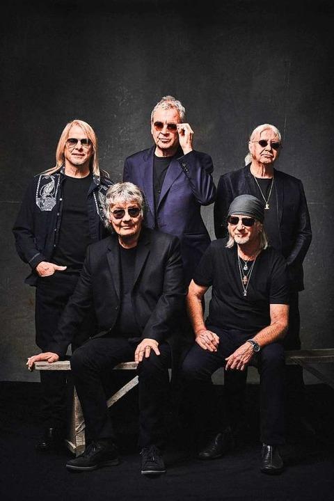 Ergraute Herren, die Rockmusik machen: Deep Purple   | Foto: Ben Wolf