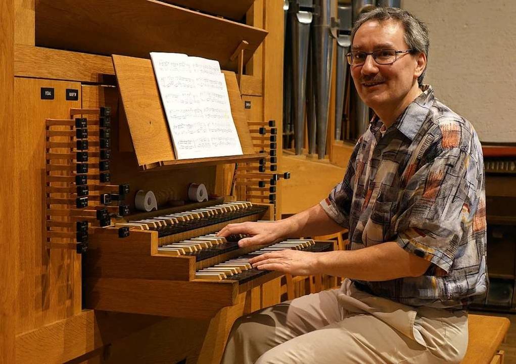 Dieter Lämmlin eröffnete die  Reihe der Feierabendmusiken.  | Foto: Roswitha Frey