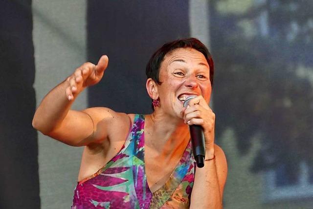 Die Kultur lebt im Nellie Nashorn Lörrach mit Steffi Lais wieder auf