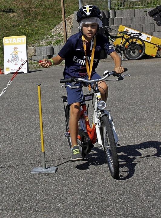 Geschick und Können waren beim Fahrradwettbewerb gefragt.    Foto: Christiane Franz
