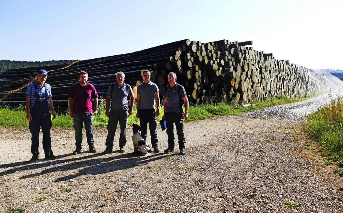 Kümmern sich um das Nasslager (von lin...Kuster, Nico Breuer und Karl Meister.     Foto: Martin Wunderle