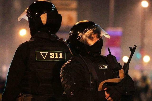 Wahl in Belarus: Politische Lage nach Gewalt-Nacht unklar