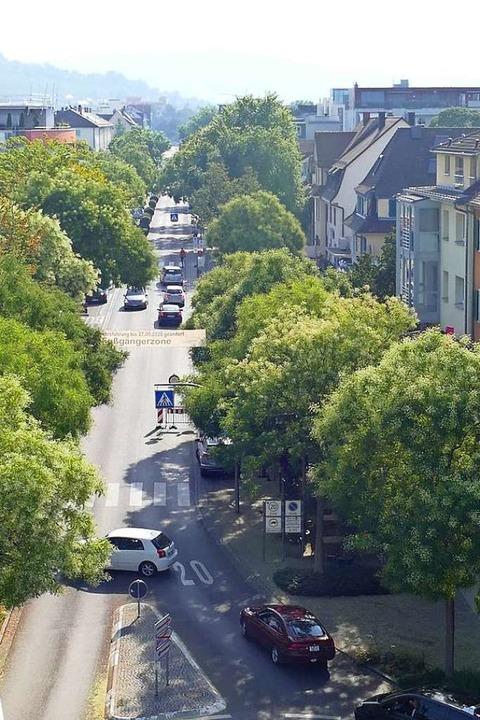 Viele zieht es noch vom Schlaufenkreis...ur Schillerstraße weiterfahren dürfte.  | Foto: Victoria Langelott