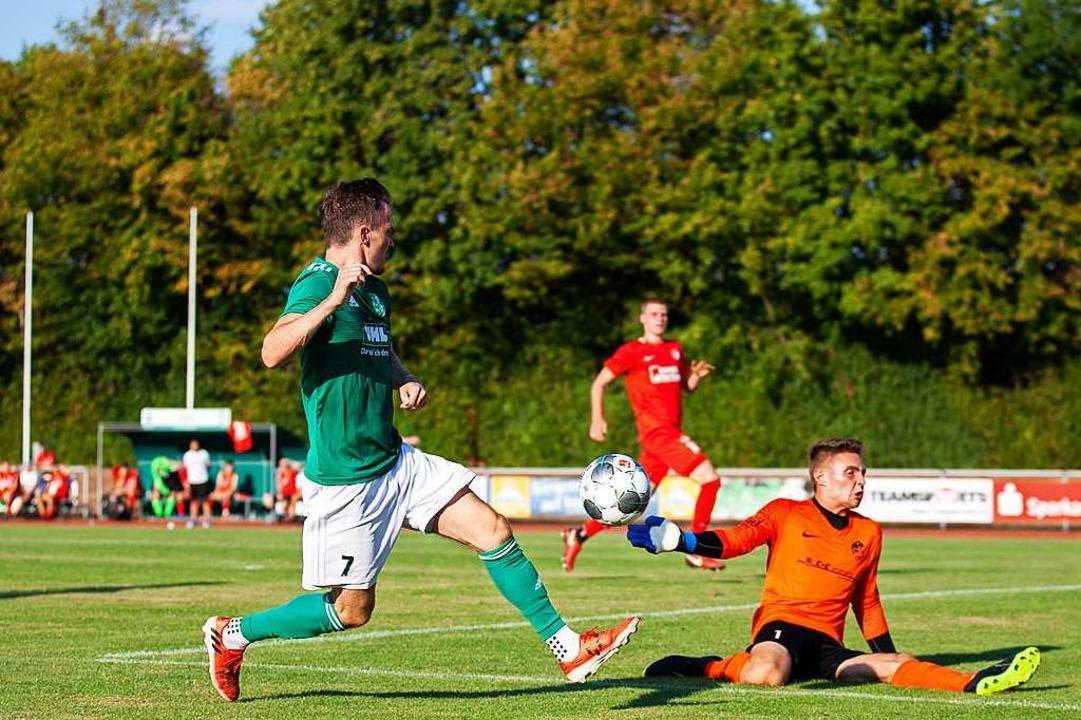 Das erste Pflichtspiel lief noch nicht...terlagen dem Favoriten Offenburger FV.  | Foto: Alexandra Buss