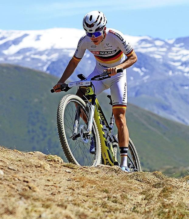 Lennart Krayer ging in 1800 Meter Höhe...Platz um Platz gut. Er wurde Vierter.     Foto: Ralf Schäuble