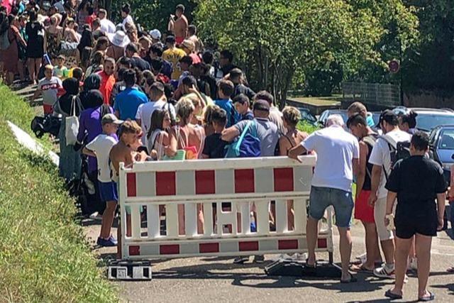 Es gibt Forderungen, die Zahl französischer Gäste zu begrenzen