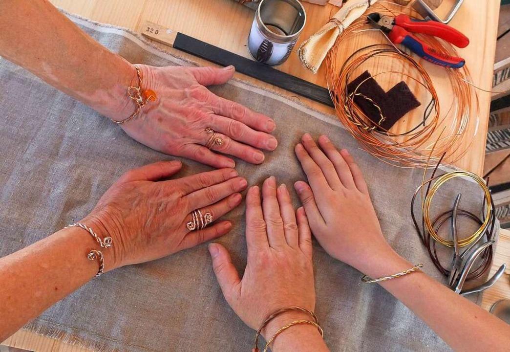 Römischer Schmuck kann im Stadtmuseum hergestellt werden.    Foto: Stadt Lahr